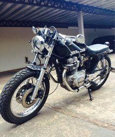 CB 400 Café Racer / Bratstyle
