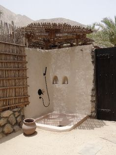 Outdoor Bathrooms 371406300520512495 - Weekend breaks from Dubai: Top 9 luxury hotels in the UAE and Oman Outdoor Bathrooms, Outdoor Baths, Outside Showers, Outdoor Showers, Mud House, Garden Shower, Desert Homes, Earthship, My Dream Home