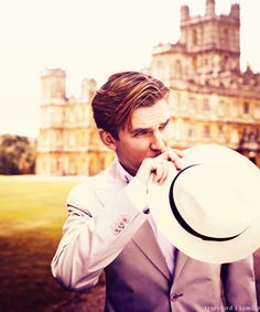 "Dan Stevens...Otherwise Known As ""The Country Solicitor,"" Matthew Crawley....Love Him...So Down To Earth Amidst Such Grandour!!"