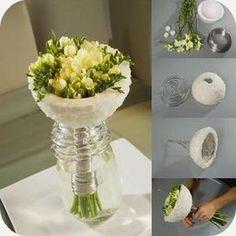 Bloemstukjes maken met freesia's: verschillende soorten bloemstukjes met online uitleg in vaas bloemen schikken