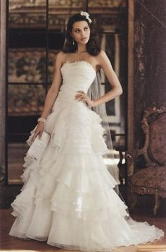 David's Bridal Galina Signature SWG354