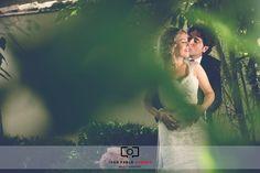Cuando planificas tu boda, la lista de cosas de las que debes preocuparte es interminable: fotografo, peluquería, maquillaje, vestido, etc... Después de todo, este es el día más importante de tu vida y no puedes permitirte el lujo de estropearlo.   #abades #bodacreativa #bodacreativaengranada #bodaengranada #bodaoriginal #carmendeloschapiteles #carmendesanagustin #fotografíaartistica #fotografiaartisticadebodas #fotografíacreativadeboda #fotografíadeemociones #fotog