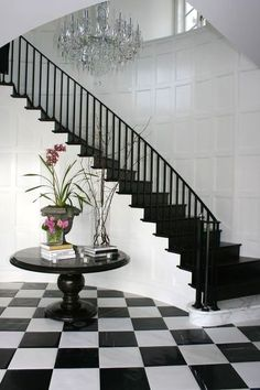 Ideas Black Stairs Railing Foyers For 2019 Black Stair Railing, Black Staircase, Tiled Staircase, Tiled Hallway, Tile Stairs, Staircase Design, Painted Staircases, Staircase Railings, Staircase Ideas