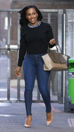 Alexandra Burke Photos - Alexandra Burke leaves the ITV Studios. - Alexandra Burke Leaves the ITV Studios Sarah Wright Olsen, Alexandra Burke, Jojo Fletcher, Kaitlyn Dever, Jeans With Heels, Celebrity Look, Cool Style, Tights, Street Style