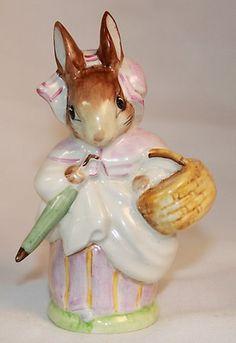 Vintage Beswick England Porcelain Figurine Mrs. Rabbit Beatrix Potter BP2