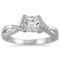 7/8 Carat Princess Cut Diamond Engagement Ring in 14K White Gold
