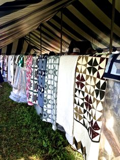 Quilts for sale at the amish auction cynthiaweber.com
