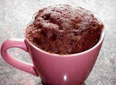 Nutella Tassenkuchen:  2EL Mehl 2EL Zucker 1Ei 2EL Milch 1 1/2 EL Öl 1/4 TL Backpulver  2-3 EL Nutella Ca. 1-2 min in der Mikrowelle in höchster Temperatur