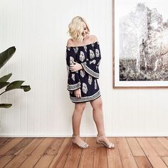 Make the transition into Summer a breeze by starting from the feet up.   CHLOE worn by the ever-fabulous Nikki Parkinson of @stylingyou  #frankie4footwear #savingsoles #summer