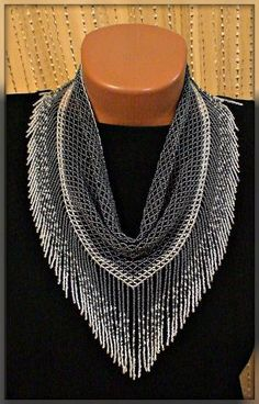 This Pin was discovered by инг Scarf Necklace, Seed Bead Necklace, Seed Bead Jewelry, Diy Necklace, Beaded Earrings, Beaded Jewelry, Beaded Bracelets, Beading Projects, Beading Tutorials