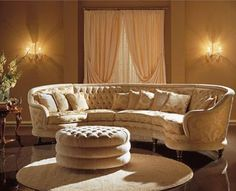 Livingroom on pinterest velvet corner sofa sectional for Semi classic sofa