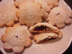 Biscotti con ripieno di marmellata - Ricette di cucina Il Cuore in Pentola