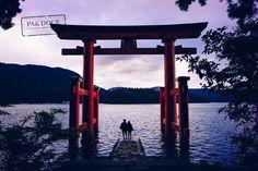 A couple under the Torii - Hakone by PAkDocK @PAkDocK - Photo 152817433 - 500px