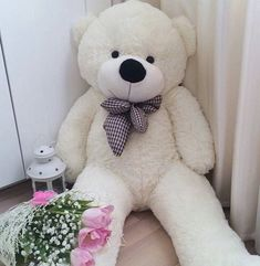 Image in Teddy 💚 collection by Luna 🌙 on We Heart It Large Teddy Bear, Giant Teddy Bear, Cute Teddy Bears, Costco Bear, Teddy Bear Pictures, Diy Gifts For Him, Bear Wallpaper, Cute Stuffed Animals, Daddy Bear