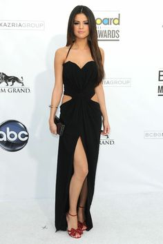 Selena Gomez's Style Evolution: Top 20 Outfits To Becoming A Fashion Darling