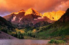 Maroon Bells at sunrise.