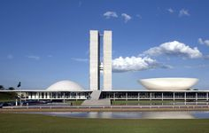 NATIONAL CONGRESS OF BRAZIL, BRASILIA, 1960, OSCAR NIEMEYER