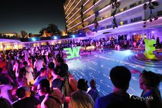 We Party at Ushuaïa Tower. // We Party en Ushuaïa Tower.