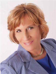 Kaye Debrock Real Estate Agent - O Fallon, IL - RE/MAX