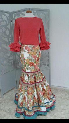 (26) vestidos de flamenca y ole¡¡¡¡ Floaty Dress, Dress Up, Event Dresses, Formal Dresses, Flamenco Costume, Spanish Fashion, Spanish Style, Indian Fashion, Womens Fashion