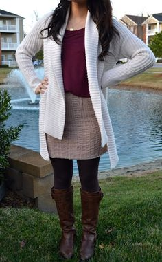 love her blog! was actually able to put a similar outfit together from pieces I already had in my closet... gotta love that!