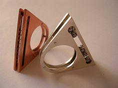 Ring | Claudi Correa Noe. Sterling silver with bearings.