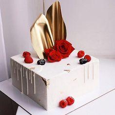 Airbrush Cake, Rectangle Cake, Decadent Food, Beautiful Birthday Cakes, Cake Trends, Birthday Cake Decorating, Cake Videos, Specialty Cakes, Cake Boss