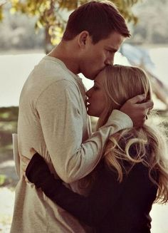 cute couple partners two girl boy love romance kiss kissing hug hugging holding dear john channing tatum amanda seyfried