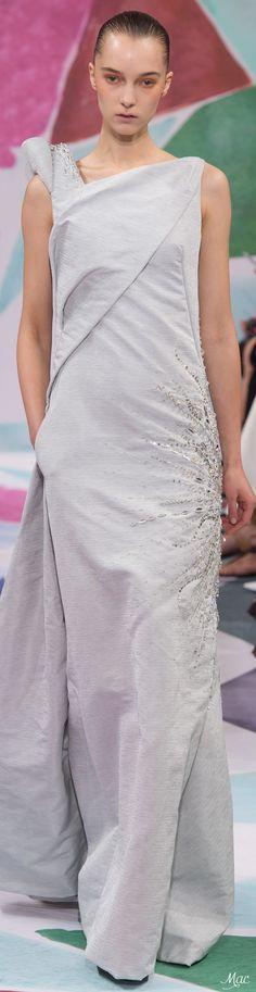 Fall 2016 Haute Couture - Schiaparelli