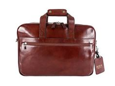 Find your style staple with our elegant men's leather bags in a range of styles and sizes. Add some beauty to your travels today. Mens Luggage, Leather Duffle Bag, Elegant Man, Garment Bags, Italian Leather, Timeless Fashion, Bag Making, Leather Men, Leather School Bag