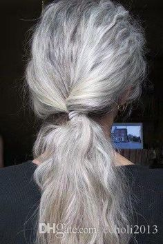 Pelo Color Plata, Silver White Hair, White Blonde, Curly Hair Styles, Natural Hair Styles, Grey Hair Inspiration, Twist Ponytail, Ponytail Extension, Long Gray Hair