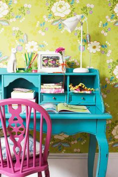 Painted turquoise desk and a painted pink chair, against a lime green wallpaper Upcycled Furniture, Furniture Projects, Modular Furniture, Furniture Redo, Bedroom Furniture, Bright Painted Furniture, Lego Bedroom, Childs Bedroom, Primitive Furniture