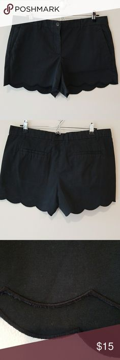 """GAP scalloped shorts VGUC some fading.  Super cute and soft.  Waist measures 17.5"""" and inseam is 3.5"""". GAP Shorts"""