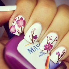 Flowers nail design by: http://pinterest.com/ellielynnee/