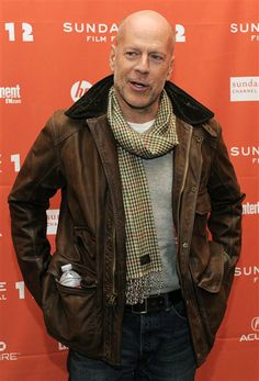 Bruce Willis - reminds me of my boy - better with age (and MUCH better with a shaved head) Emma Heming, Just For Men, Bruce Willis, Lederhosen, Wonderwall, Baby Photos, Gq, Fashion Show, Bomber Jacket