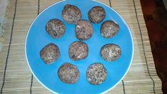Paleo süti receptek - diós, mákos energiagolyó Nasa, Blueberry, Paleo, Fruit, Ethnic Recipes, Food, Berry, Essen, Beach Wrap