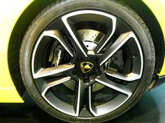 Love these wheels - Photography by Christina Capellaro