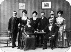 Kaposvári zsidó polgárcsalád, 1910 körül. Old Pictures, Historical Photos, Concert, Fictional Characters, Image, Historical Pictures, Antique Photos, Old Photos, Concerts