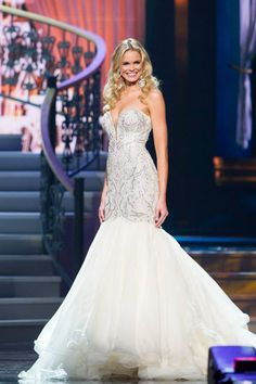 Miss South Carolina's dress at the 2014 Miss USA pageant was to die for!  http://thepageantplanet.com/category/pageant-wardrobe/