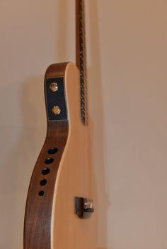 Celia ENOC Luthier - Electro-acoustic guitar Lullaby
