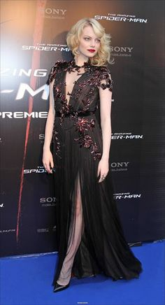 Emma Stone in Gucci - 'The Amazing Spider-Man' Paris Premiere. love her hair, makeup, and dress!