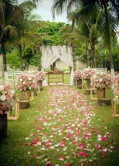 Wedding Themes - If the climate and weather allow that, I strongly recommend you to have an outdoor spring wedding because it's fabulous! Just imagine green grass, your wedding aisle covered with flow Backyard Wedding Dresses, Outdoor Wedding Decorations, Wedding Themes, Garden Wedding, Wedding Centerpieces, Wedding Bouquets, Wedding Ideas, Wedding Favors, Dress Wedding