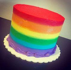 Rainbow cakes for Pride Week! Baby Boy Cakes, Cakes For Boys, Baby Shower Cakes, Rainbow Cakes, Rainbow Food, Pride Week, Striped Cake, Cake Smash Photos, Cool Birthday Cakes