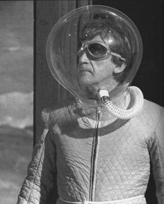 """morris-henshaw:  Watching more vintage DOCTOR WHO this evening. """"The Moonbase"""" is fantastic, it's a pity only two episodes of the four still..."""