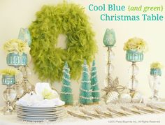 Hot trend for the Holiday - Coll Blue Christmas Table Christmas Cocktail, Aqua Christmas, Elegant Christmas, Modern Christmas, Christmas Colors, All Things Christmas, Beautiful Christmas, Christmas Holidays, Christmas Carol