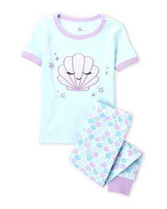 Pl Sleep (Toddler Girls) Two-Piece Seashell Pajama Set Toddler Sleep, Toddler Girls, Baby Kids, Girls Fashion Clothes, Baby Girl Fashion, Kids Fashion, Baby Girl Pajamas, Cute Pajamas, Estilo Popular
