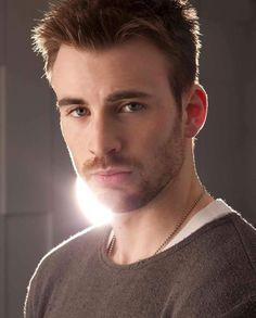 Chris Evans | Much guapo!