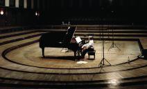 Murray Perahia (pianist and conductor)