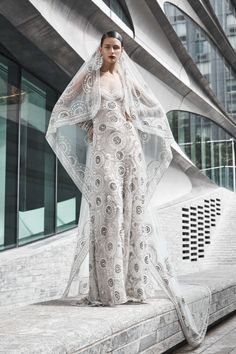 The new Naeem Khan wedding dresses have arrived! Take a look at what the latest Naeem Khan bridal collection has in store for newly engaged brides. Metallic Wedding Dresses, Naeem Khan Wedding Dresses, Naeem Khan Bridal, Western Wedding Dresses, Luxury Wedding Dress, Princess Wedding Dresses, New Wedding Dresses, Perfect Wedding Dress, Bridal Dresses