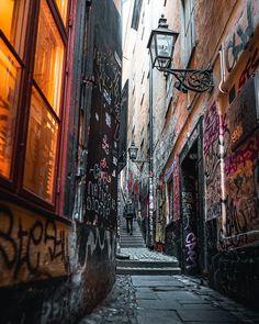 Guy, Street, Instagram, Walkway